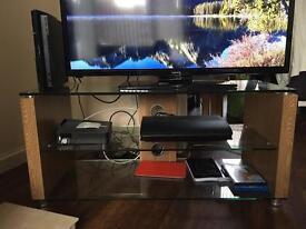 Glass shelf tv unit
