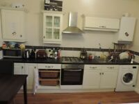 Gordon Road, Cathay`s. Recently Refurbished First Floor 3 Bed Duplex Flat 2 Bathrooms NO FEES