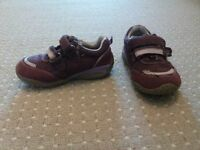Size 6 infant shoes bundle of 2 pairs from smoke & pet free home