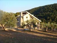 MULTI PURPOSE LIVE IN PERSON OR COUPLE FOR GREECE ECO HOUSE.