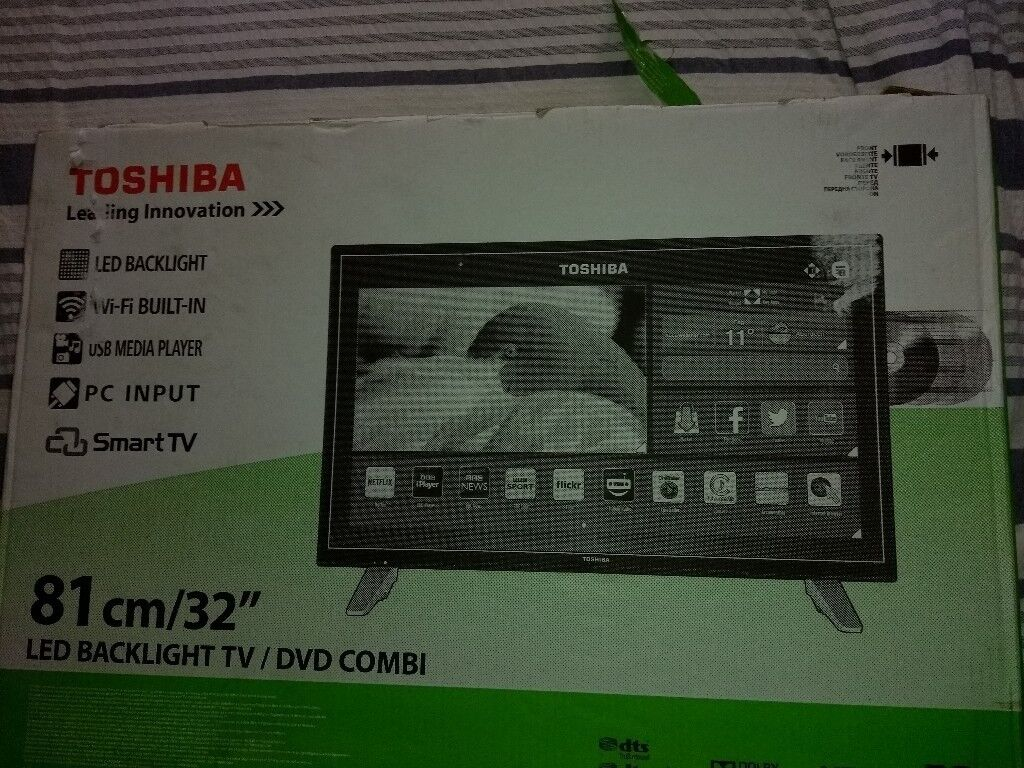 Toshiba 32inch Smart TV with DVD Combi and freeview