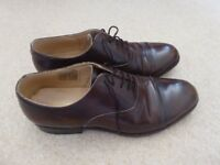 Brown Samuel windsor oxford style formal leather shoes.