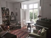 Lovely Room in Gorgeous Flat!