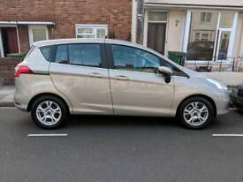 Ford B-Max 2015, 9000mile on clock - with full year MOT and