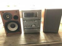 Sony Stereo System with Mini Disc Player GOOD WORKING ORDER