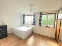**NO DEPOSIT REQUIRED**DOUBLE ROOM TO RENT IN A HAINAULT TUBE STATION * IG6 3EW **30MIN FROM CITY