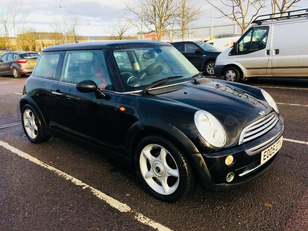 r50 black bmw mini cooper 1 6 05 chilli pack in filton bristol gumtree. Black Bedroom Furniture Sets. Home Design Ideas