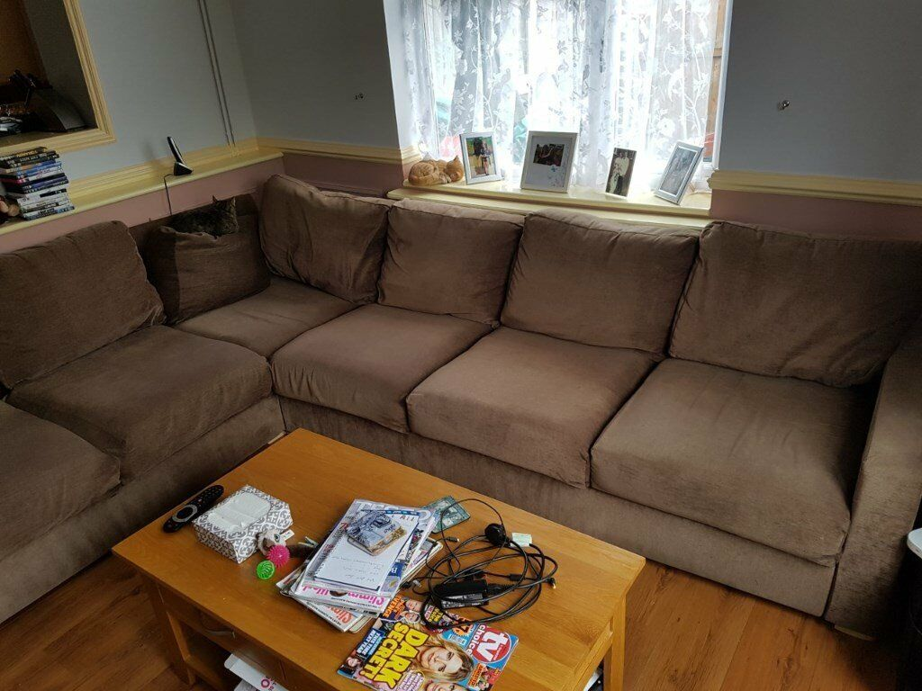 Brown Corner Sofa With Pull Out Bed Easy Dismantled For
