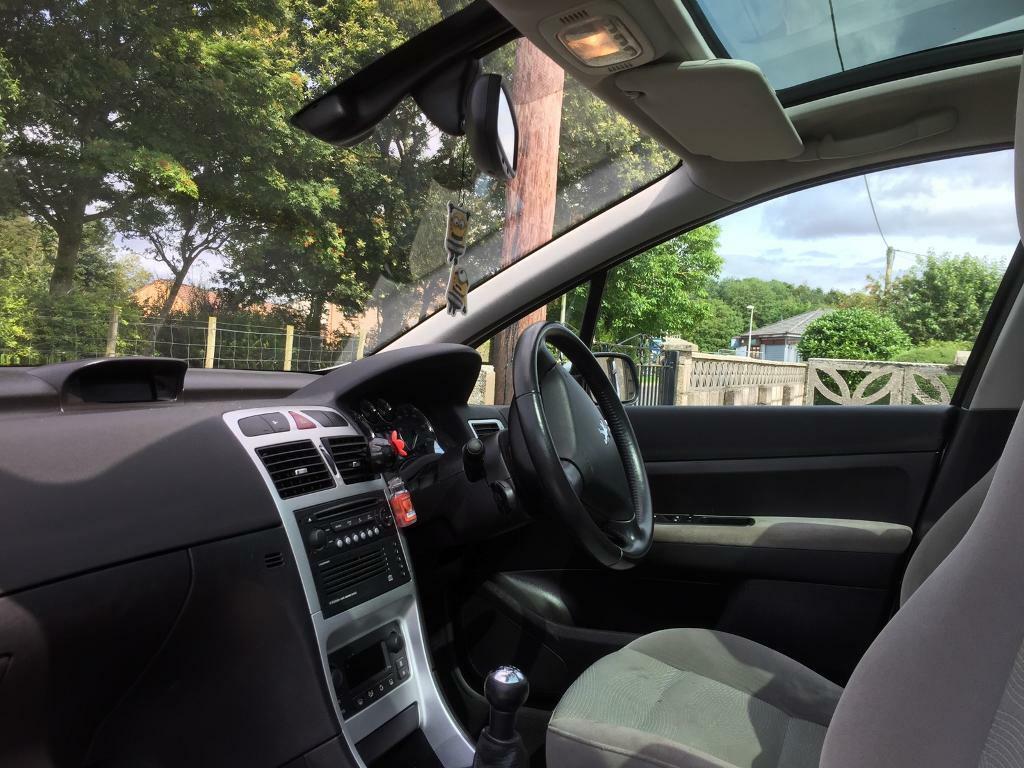 Peugeot 307 sw Mot 1 year 126k mileage 800 ONO   in Angus   Gumtree