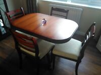 Extendable dinning room table & 4 chairs