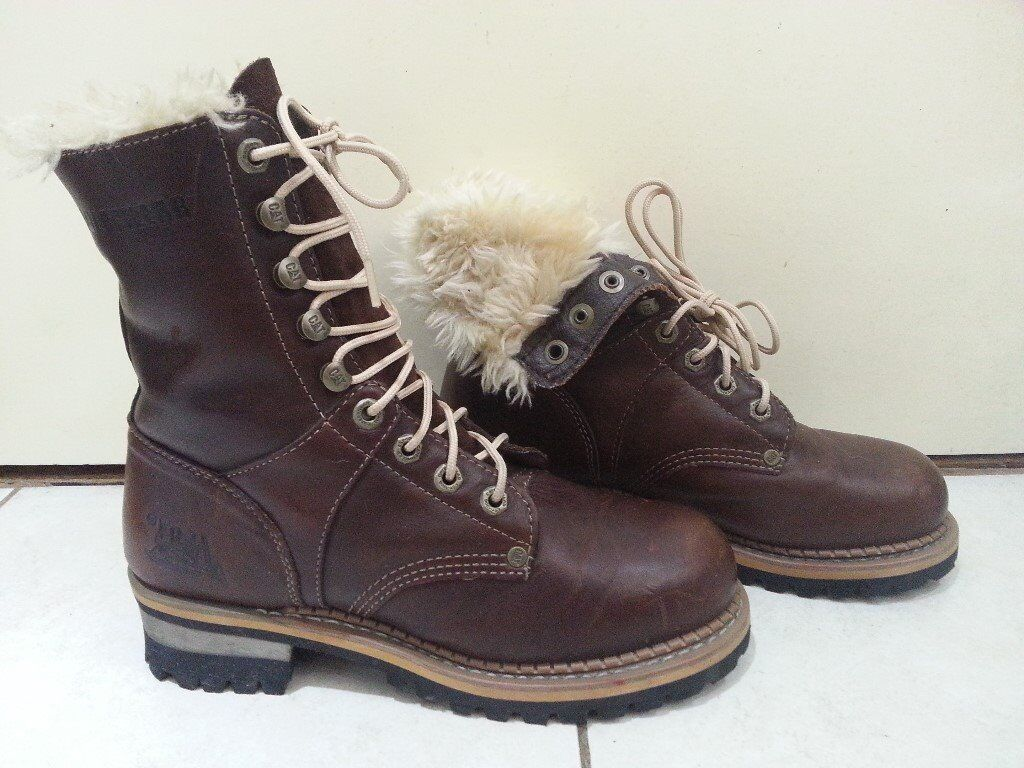 Catepilar boots women in very good condition used once size uk5 Can deliver or post!