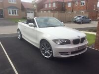 BMW 1 SERIES CONVERTIBLE WHITE IMMACULATE LOW MILEAGE LADY OWNER