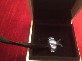 PANDORA 925 ALE SILVER & MURANO GLASS BLUE CANDY STRIPES BEAD CHARM 790683