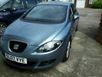 Seat Leon blue 1.6 petrol