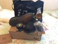 Dr Martins size 5 for life shoes BNWT