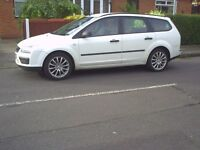 ford focus estate 1.8 td 56 reg long mot good runner nice alloys and sterio,be quick cheap car.