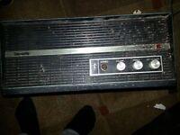 antiqe record player retro