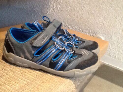 sports shoes 7150e 04bf7 Clarks Schuhe Trekkingschuhe Sandalen 29 30 Dinosaurier 1. Hand