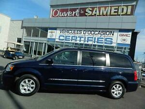 2012 Chrysler Town & Country Limited STOW'N'GO + DVD + TOIT