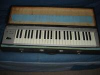 ROLAND ED PC-180A MIDI KEYBOARD CONTROLLER IN HARD CASE.