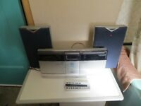 A NICE SCHNEIDER SWH 350 WALL MOUNTED HI-FI PLUS REMOTE & SPEAKERS , GOOD