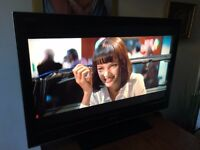 SONY BRAVIA 40 INCH HD LCD FLAT TV, WITH ORIGINAL REMOTE, 2 x HDMI, FREEVIEW, EXCELLENT CONDITION