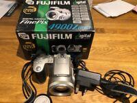 Fujifilm Finepix 4900Zoom