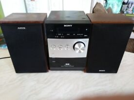 SONY HI FI CD PLAYER and DAB radio with remote!