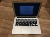 "13"" LED Backlit widescreen Apple MacBook Air"