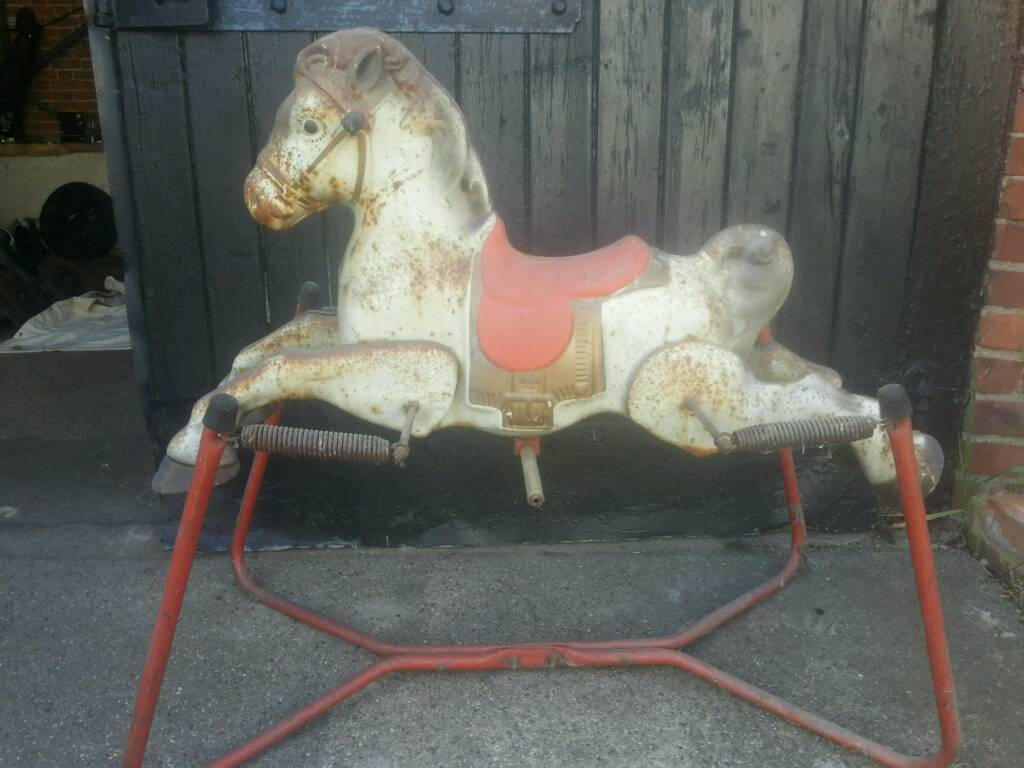Old 1960s metal rocking horse in Chelmsford Essex  : 86 from www.gumtree.com size 1024 x 768 jpeg 78kB