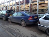 Volvo s40 2006 breaking for parts
