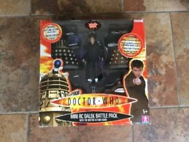 Doctor Who mini roc Dalek battle pack, with Doctor action figure
