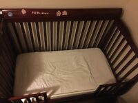 Solid wood Olivia Crib Cotbed