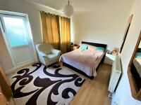 Splendid and Spacious One bedroom Ground floor flat with massive Garden and Driveway -Ilford-No DSS