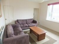 3 bedroom fully furnished upper villa for rent on Chesser Gardens, Chesser, Edinburgh