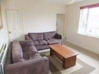 3 bedroom fully furnished upper villa for rent on Chesser Gardens, Chesser, Edinburgh