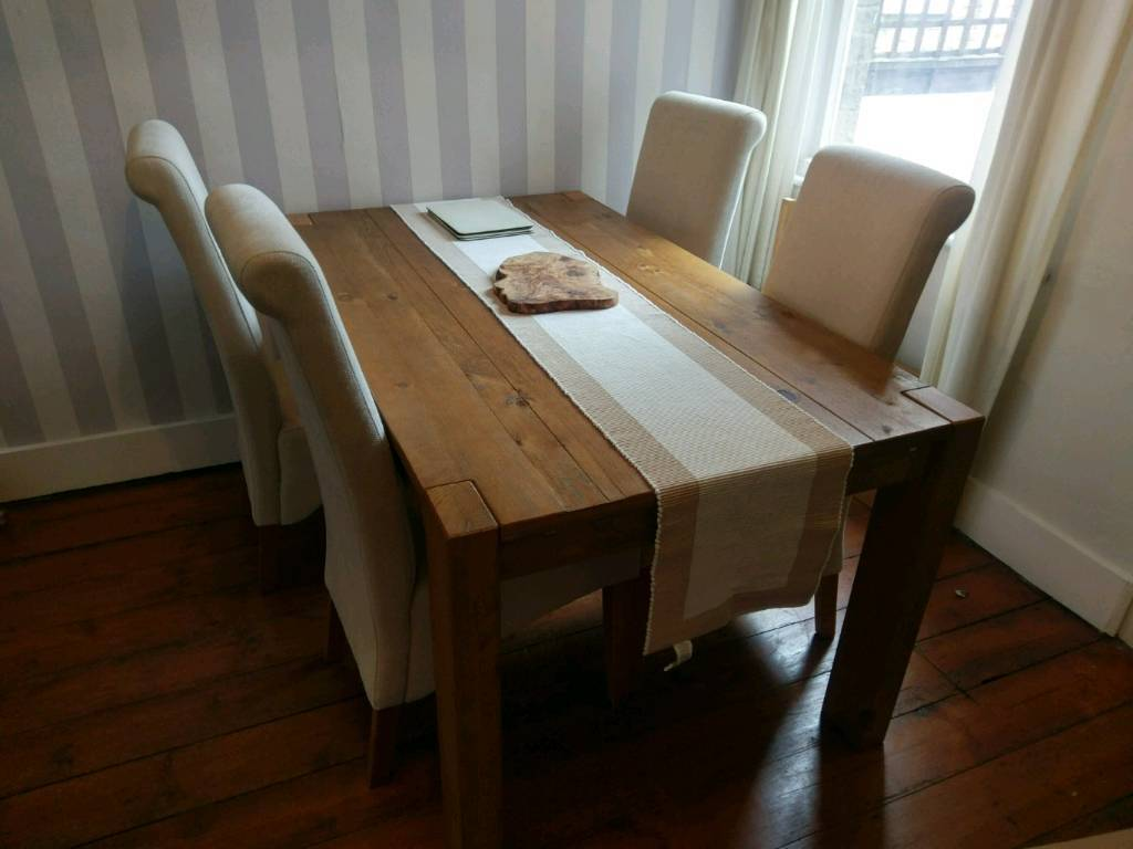 Next Hartford Extending Dining Table And Four Chairs