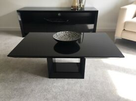 Coffee table, tv unit, lamp tables