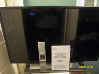 Toshiba 32 inch LCD Full HD Smart TV, Model 32S3653DG, Manufacture date 25/01/16
