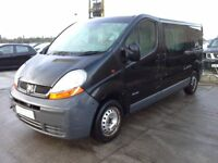 **For breaking** Renault Traffic 1.9D diesel (2005) choice of two.