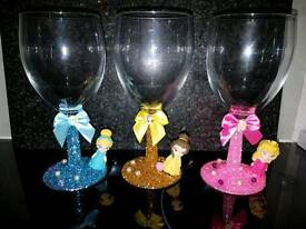 Glitter princess wine glasses