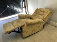 CAN DELIVER- CELEBRITY RISE & RECLINE ELECTRIC ARMCHAIR IN VERY GOOD CONDITION