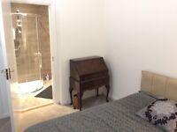 COMFY ENSUITE DOUBLE BEDROOM - West-End - £450