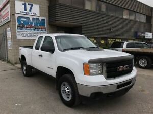 2013 GMC SIERRA 2500HD WT Extended Cab Short Box 4X4 Gas