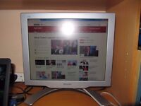 Phillips 17 inch PC monitor- comes with cables