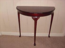 Table ( Half Round )