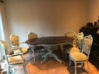 Vintage dining table and 6 chairs