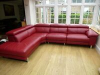 Brand new (tags still on) Luxurious Italian Leather Electric Recliner Leather Corner Sofa (Claret)