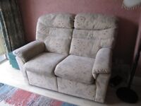 G Plan 3 seater & 2seater 1 reclining seat on 2 seater sofa . Hardly used