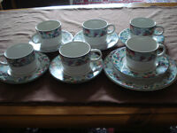 Jardin stoneware pottery tea set, 7 cups, saucers and cake plate, oven, dishwasher, microwave safe